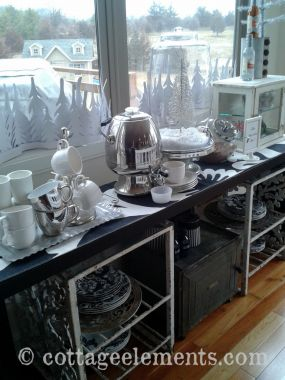 I decided to change my sideboard up a little and feature a hot chocolate bar with all the fixings!